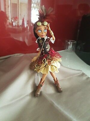 monster high ooak repaint. Victoria tesla- steampunk inventor!