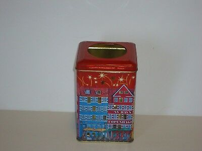 T15124  Empty Biscuit Tin with Candle
