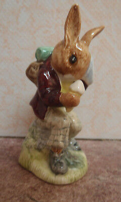 Royal Doulton Bunnykins DB03 Billie Bunnykins Cooling Off