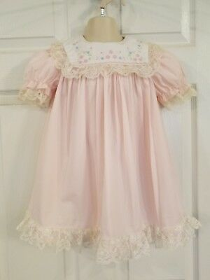 Vintage  Light Pink w/White Lace Embroidered Square Flap Collar Dress sz 4t