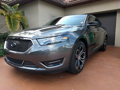 2016 Ford Taurus SHO 2016 Ford Taurus SHO + Performance Package ONLY 4500 Miles! - LOADED - LIKE NEW