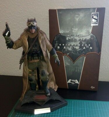 Hot Toys DC Batman Knightmare Batman vs Superman 1/6 Figur Exclusive