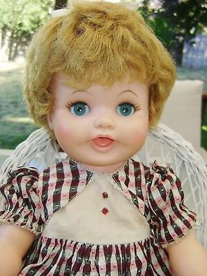 """Pretty 1950s-1960's Vintage 18"""" EEGEE Baby Doll Drink/Wet Rooted Hair orig dress"""