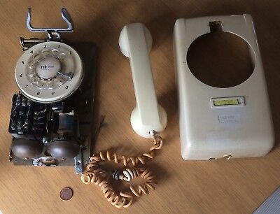Vintage Northern Telecom Made In Ireland Wall Mounted Phone Cream
