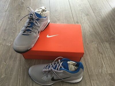 tennis shoes Nike, aboys , size 7 UK 41