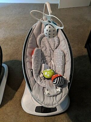 2017 4moms MamaRoo Infant Seat MINT condition Free Ship Original Box!