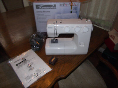 KENMORE SEWING MACHINE model 40 40 excelllent in org box barelly Enchanting Kenmore Sewing Machine 385 Threading