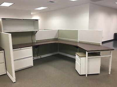 Haworth Office Cubicles-Used, In Great Condition Green & Gray Lot Of 11 Cubicles