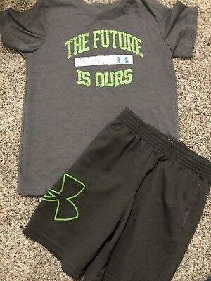 Boys Under Armour Shorts Top 3T Read