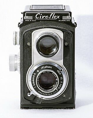 Ciro-flex TLR, Fair Condition, Needs Door hinge Pin, Tested and Working.