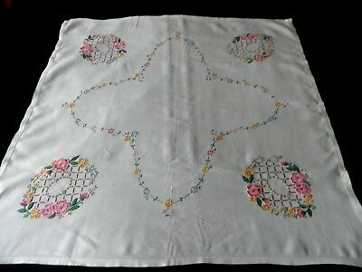 "VERY PRETTY VINTAGE HAND EMBROIDERED  TABLE CLOTH - 32"" by 32"""