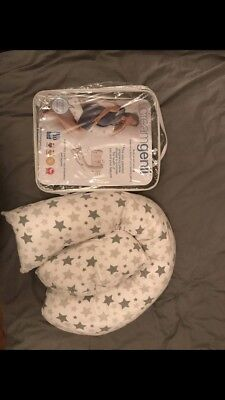 dreamgenii pregnancy support and feeding pillow Mothercare Star Design