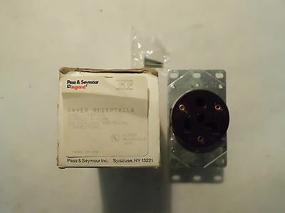 New In Box Pass & Seymour 3802 Dryer Receptacle 30 Amp 125V