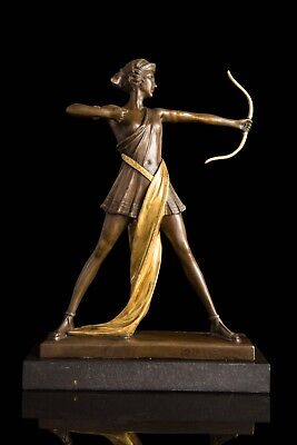 """Bronze """"Classical Archer"""" Figure after the Original Work by Pierre Le Faquays"""