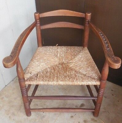 18th CENTURY Early AMERICAN CHAIR Ladderback Rush Seat CARVED ARMS 1700s Pilgrim