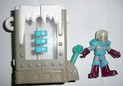 Figure in Ice Compartment Thingie Planet Heros Fischer Price Mattell DC Comics