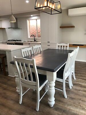 French Provincial / Hamptons Dining Table And Chairs Pick Up Mooroolbark 3138