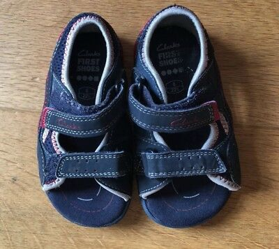 clarks boys shoes/ sandals size 6