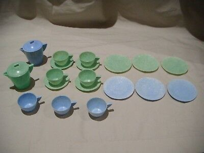 VINTAGE DUPERITE HARLEQUIN CHILDRENS TEA PICNIC SET MADE IN AUSTRALIA 1960s