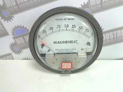 "DWYER - MAGNEHELIC - Differential Pressure Gauge 0-2"" - 2002 - 15 PSIG"