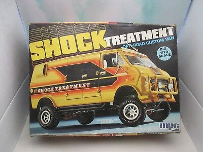 Vintage Part Built-Up MPC 1/20 SHOCK TREATMENT Off-Road Custom Van Model Kit