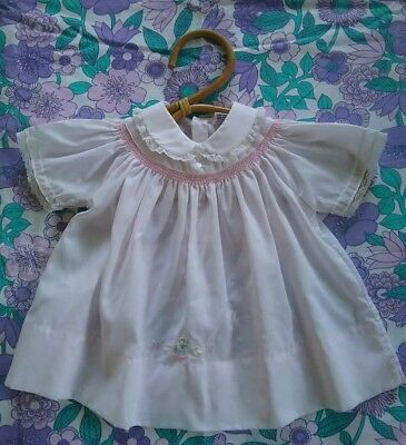 Adorable vintage baby girls dress floral size 0 pink smocked
