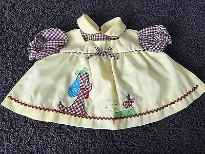 VINTAGE BABY GIRLS TOP BLOUSE FIDO AND BIRD IN DOG DISH 3 mo CUTE!!