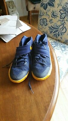 wholesale dealer 2b006 67077 NIKE KYRIE 2 Blue And Yellow Basketball Shoes Size 4Y