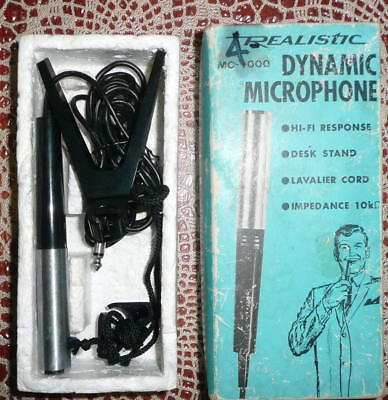 Dynamic Microphone Vintage Realistic in Box with Stand and Cord