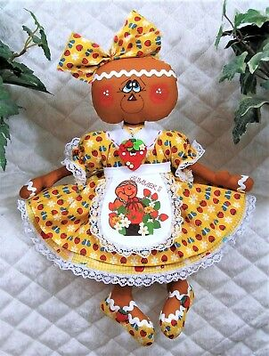 """** Primitive Raggedy 14""""~SwEEt StRaWbErriEs ** GiNgErBrEaD DoLL** NeCkLaCe"""