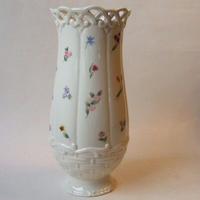 Lenox China Posy Baskets 9.5 Inch Bulb Bulbous Vase Scattered Flowers Lattice
