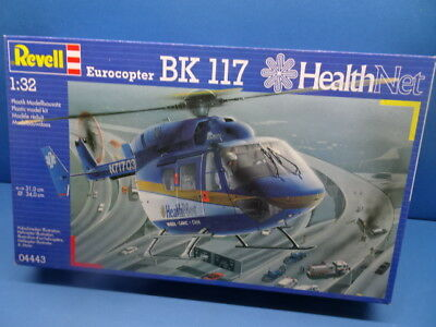"""1/32 Revell (1995) : Eurocopter  BK-117 """" HEALTH Net"""" ( Ambulanz Helicopter )"""