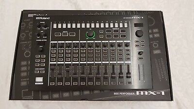 Roland MX 1 Aira Mixer in Topzustand