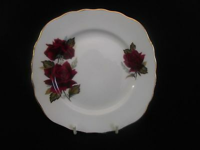 Royal Vale Deep Red Roses 16cm Tea Plate (wy)