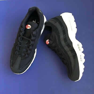 013da8e30b84 NIKE AIR MAX 95 Premium SE Black White 924478-001 Men s Size 10.5 ...