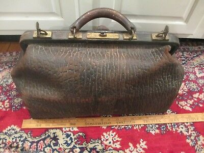 """c1920 Leather Doctors Bags Luggage Suitcase Medical suede two 21"""" & 16"""""""