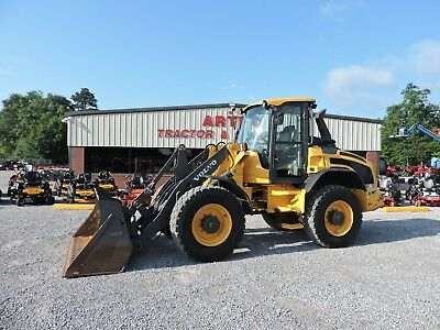 2014 Volvo L45G Wheel Loader - Caterpillar - Low Hours - Very Nice Machine!!