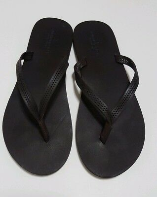 b93602fb425a EUC American Eagle Outfitters Brown Leather Sandals Sz 10 Flip Flops Shoes  AEO