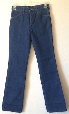 Women's Wrangler Jeans Size 31x33 Class Blues Made in USA Vintage