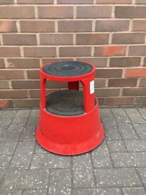 Step Stool Commercial grade eeZee - red metal - rubber top pad on safety casters