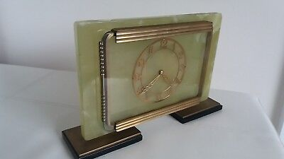 """Art Deco Style Vintage Quality"""" Davall"""" English Manufactured Oynx Mantle Clock."""