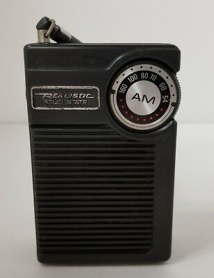 Vintage Realistic Solid State AM Radio Pocket Hand Held Battery Powered Ear Jack