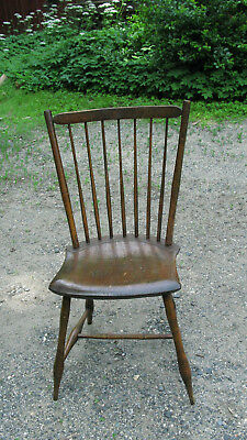 Magnificent Early Fanback Windsor Chair
