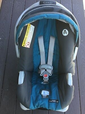 graco snugride classic connect 30 infant car seat (holds 4 to 30 lbs)