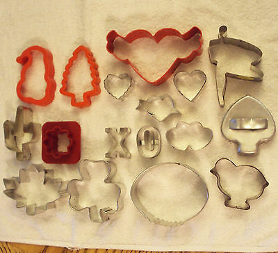 COOKIE CUTTER LOT of 17 Mixed Theme Hearts Chick Tree Leaf Shamrock X & O