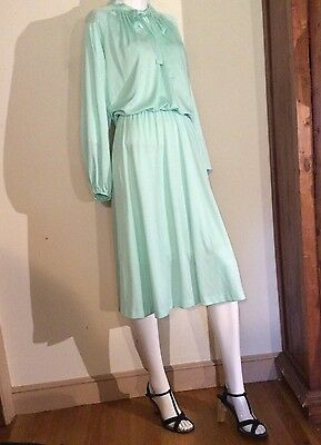 VTG  Retro 1970's MINT GREEN JERSEY  Dress UNION~Midcentury Jabot~ Pussy Bow