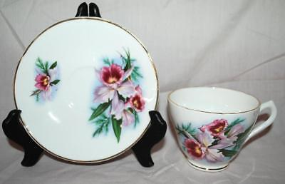 Sandford Fine Bone China England Gold Accents - Tea Cup And Saucer