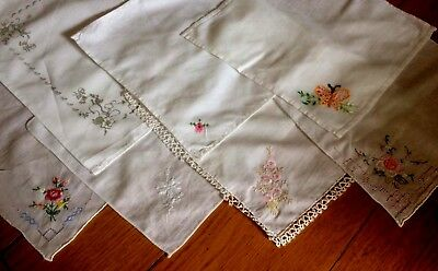 Vintage Lot 7 Floral & Embroidered Handkerchiefs 3 Hand Rolled 1 With Lace Edge