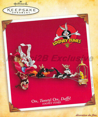 New 2004 Hallmark Keepsake Ornament Looney Tunes On Tweety On Daffy New In Box
