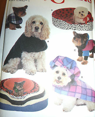 SIMPLICITY SEWING PATTERN 3939 Dog Clothes Coats S M L pet clothing ...